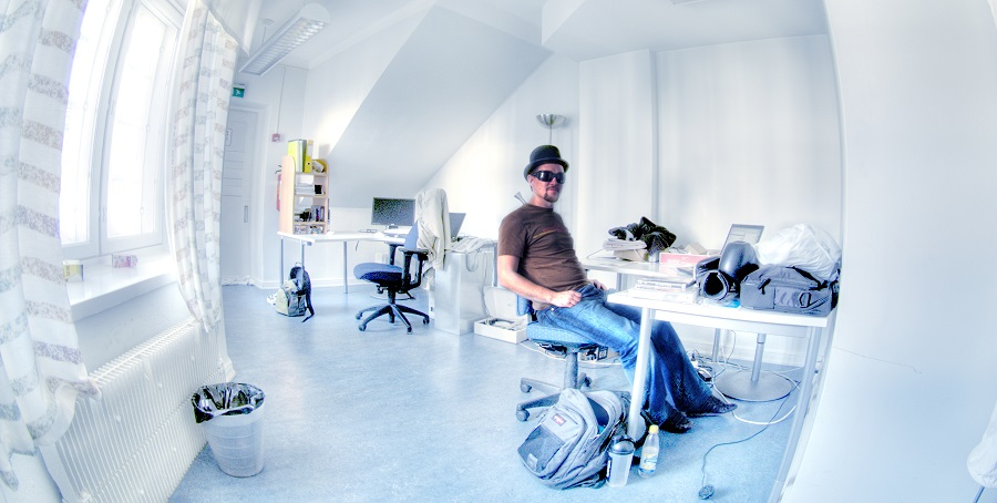 b ro. Black Bedroom Furniture Sets. Home Design Ideas